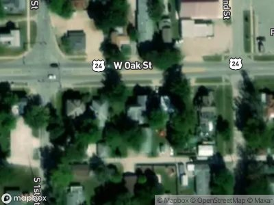 W-oak-st-Fairbury-IL-61739