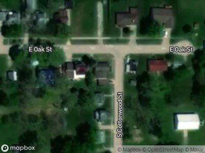 E-oak-st-North-english-IA-52316