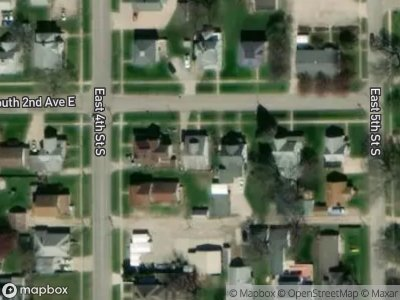 S-2nd-ave-e-Newton-IA-50208