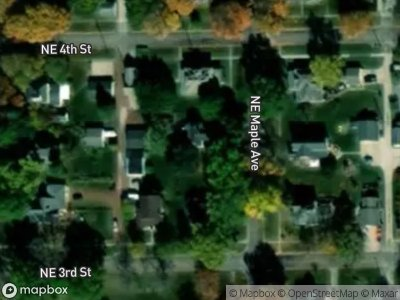 Ne-maple-ave-Earlham-IA-50072